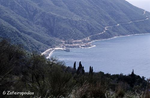 Το λιμανάκι της Δάφνης στο Άγιο Όρος.