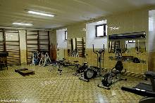 The school has a well equipped gym.