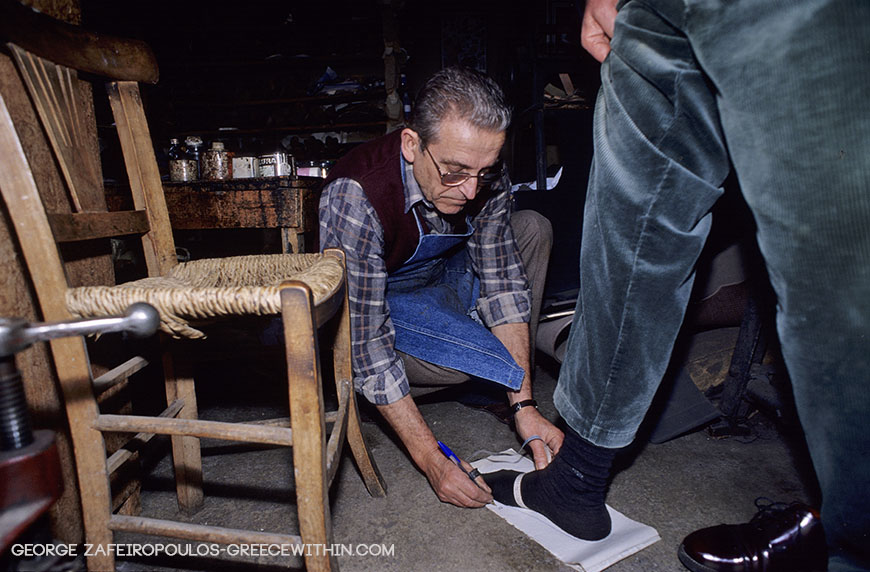 There are still some devoted customers who keep ordering shoes from traditional shoemakers.