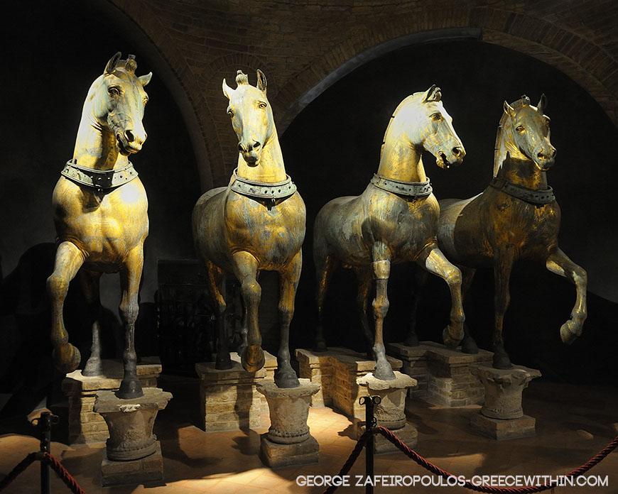 Τα τέσσερα αυθεντικά επίχρυσα άλογα που κοσμούσαν το ιπποδρόμιο της Κωνσταντινούπολης