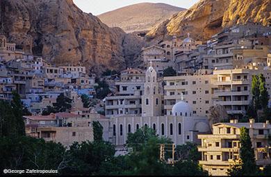 Το χριστιανικό χωριό Μααλούλα βρίσκεται μέσα σε ένα φαράγγι της ερήμου.