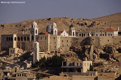 Το ελληνορθόδοξο μοναστήρι της Παναγίας στη Σεντνάγια, 35 χλμ από τη Δαμασκό. Εκεί φυλάσσεται η εικόνα της Παναγίας που αγιογράφησε ο ευαγγελιστής Λουκάς.